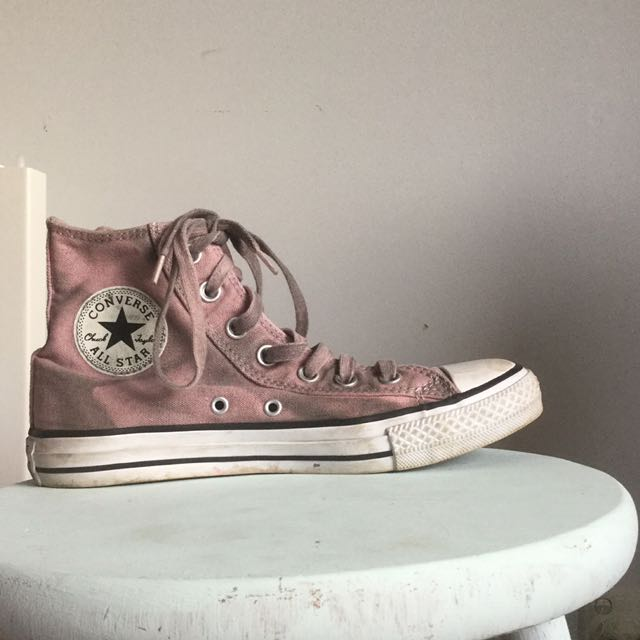 All star pink converse