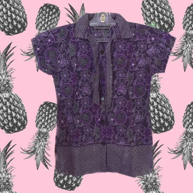 Batik sekolah / casual batik / batik kerja / kemeja batik / batik tshirt / brand lokal / brand Indonesia / local product