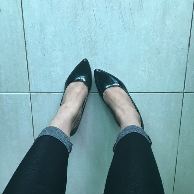 Black Pointed Heels