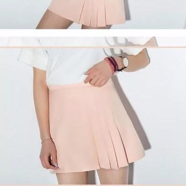 b03deb723b BN PASTEL PINK PLEATED SKIRT, Women's Fashion, Clothes, Pants, Jeans ...
