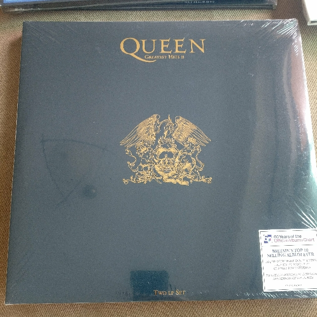 bf56447f9 brand new and sealed QUEEN Greatest hits II, Music & Media, CDs ...