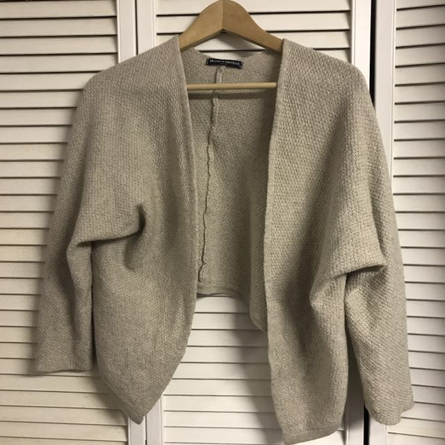 Brandy Melville Sweater S
