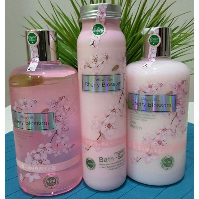Cherry Blossom Bath Set 3 in 1