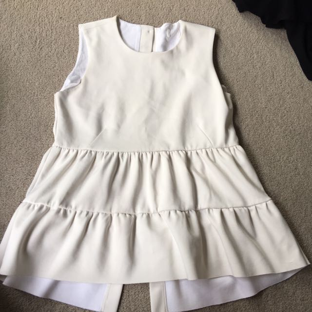 Cream size s-m seed top