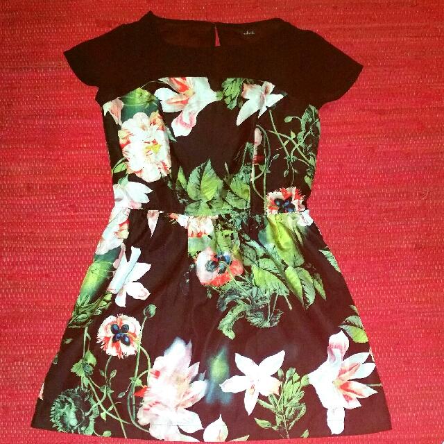 Halsinky dress