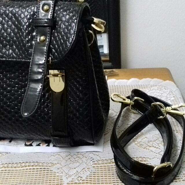 679289a9db Hamiroo Glossy Black PU Leather Handbag