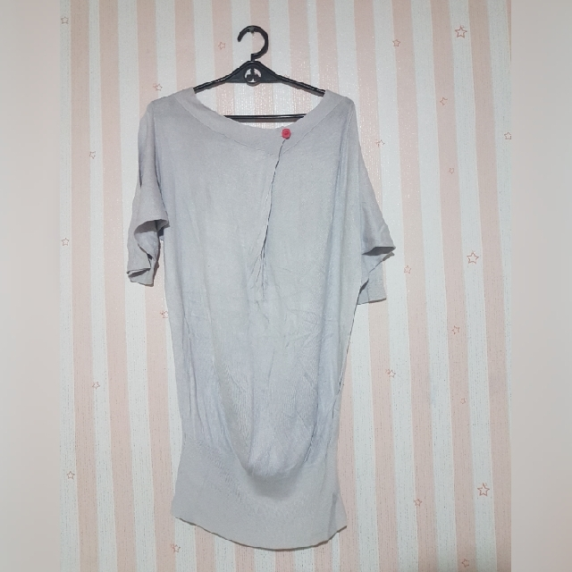 loose gray blouse