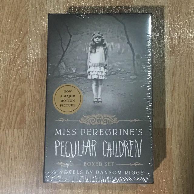 Miss Peregrine's Peculiar Children (Boxed set)