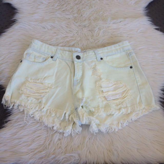Nelly Light Denim White Shorts Ripped Size 8-10