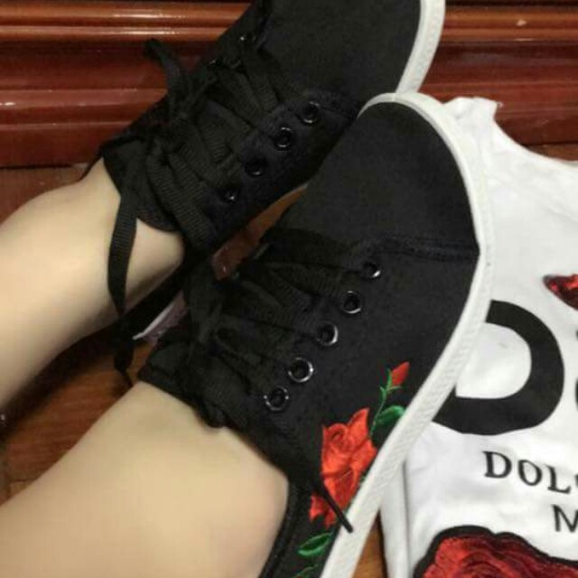 new embroidered rose shoes Size 35-40 #