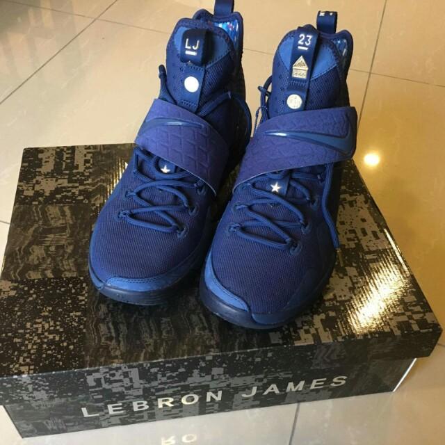 buy popular 53966 4e543 Nike Lebron XIV Limited Edition, Men's Fashion, Footwear on ...
