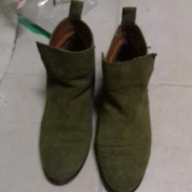 Olive Green Suede HnM Boots Sz 38/US 7