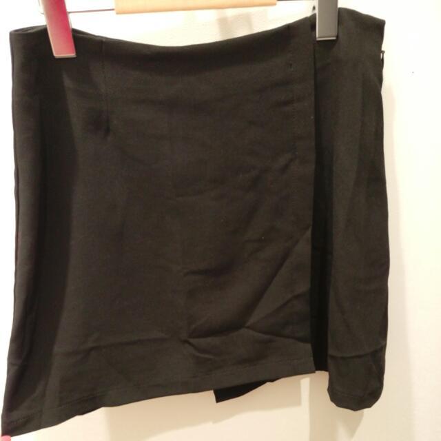 (換,送) Pazzo 褲裙