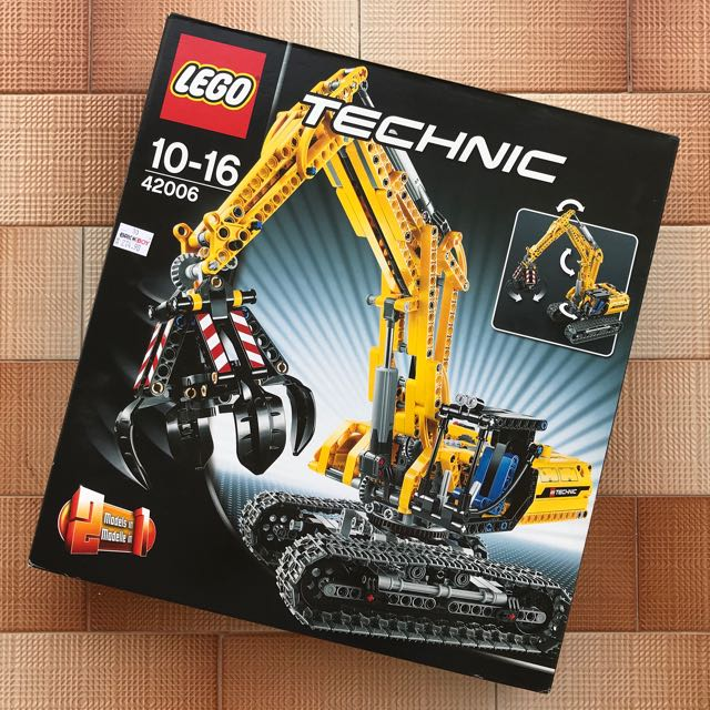 Retired Lego Excavator 42006 Toys Games Bricks Figurines On