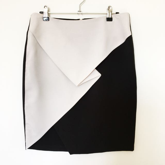 Seduce black and white skirt