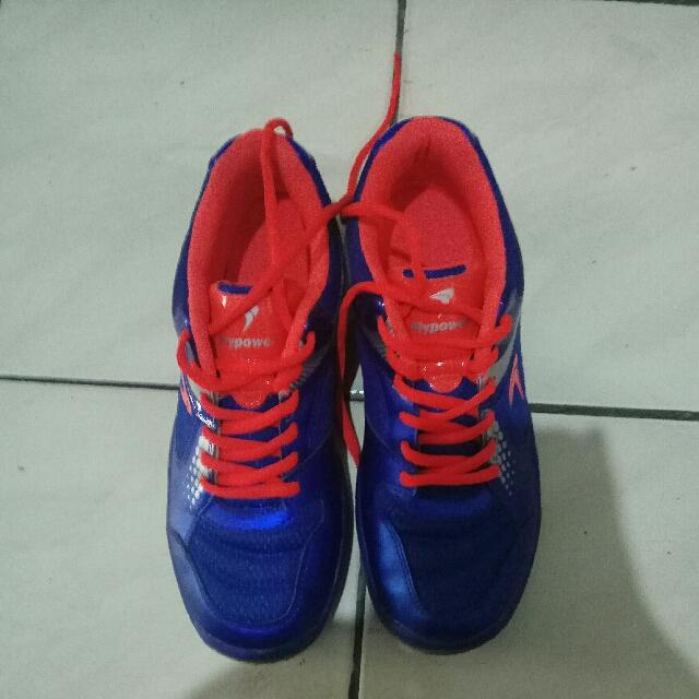 Sepatu Fly Power Pawon