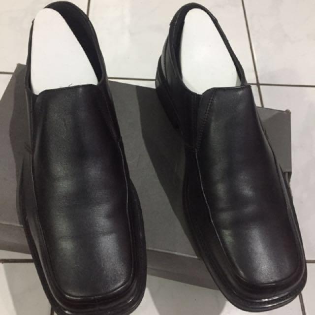 Sepatu Kerja Hush Puppies (nego)