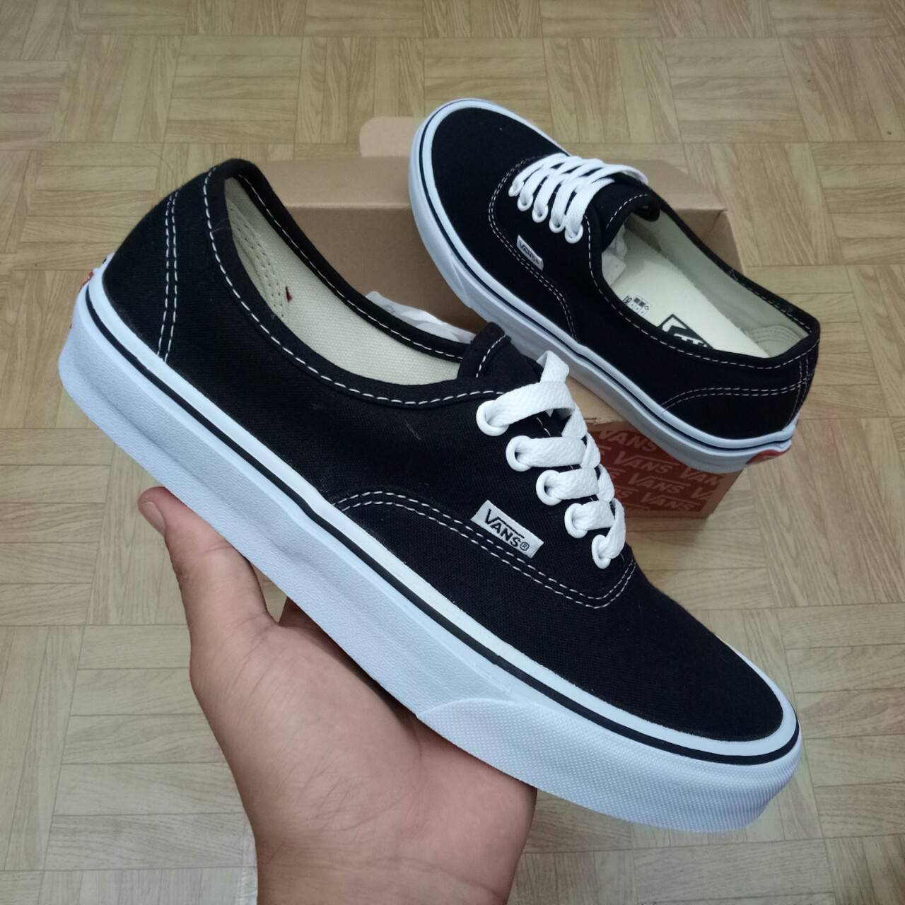 SEPATU VANS AUTHENTIC BLACK WHITE PREMIUM WAFFLE DT BNIB (Brand New In Box)  FULL TAG BARCODE MADE IN CHINA 7e1c0e4599
