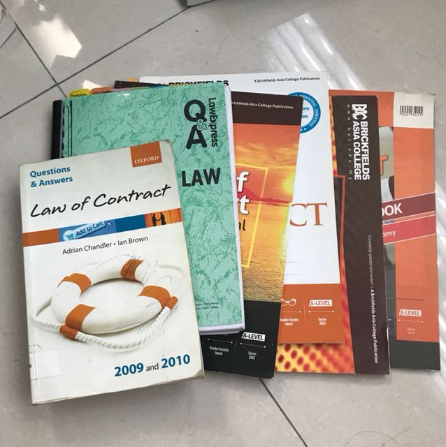 Set of Contract Law Books