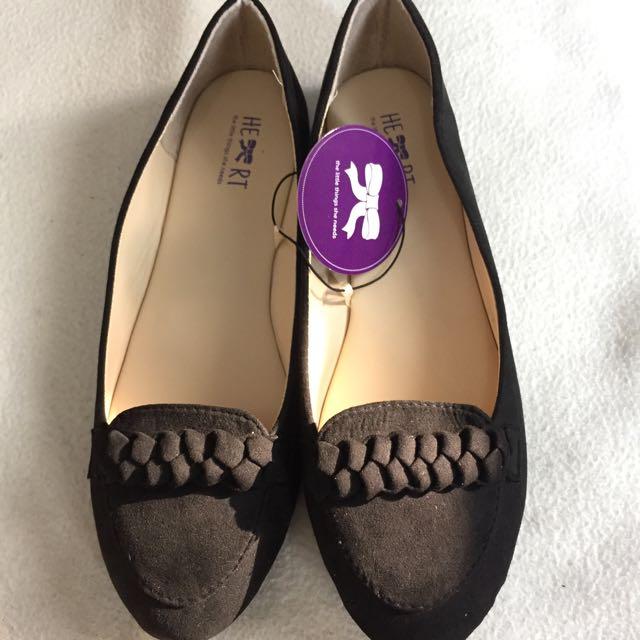 TLTSN flatshoes hitam size 39
