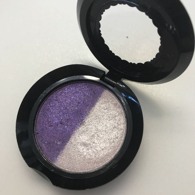 "TOO FACED ""PARTY GIRL"" EYESHADOW DUO (DISCONTINUED)"