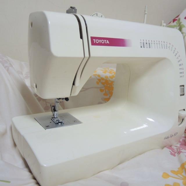 TOYOTA。桌上型簡易縫紉機