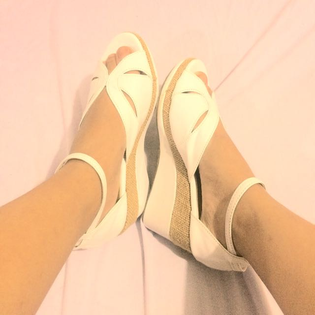 Trendy White Wedge Sandals