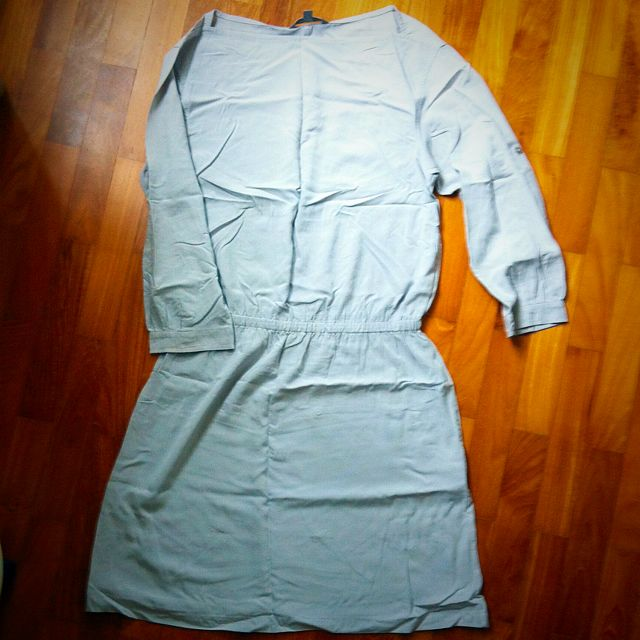 Uni-Qlo Grey Dress S