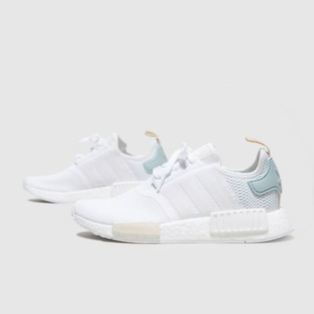 a9351ee70 WOMENS ADIDAS ORIGINALS NMD R1 ULTRA BOOST SIZE UK6  US 7.5 WHITE ...