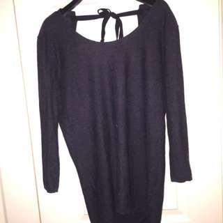 Aritzia-babaton dark gray xs sweater with open back