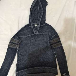 Hollis tee sweater with hood