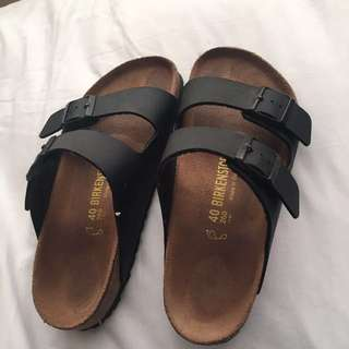 BIRKENSTOCK ARIZONA SANDALS SIZE 9