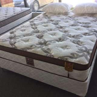 Queen size orthopedic pillow top mattress
