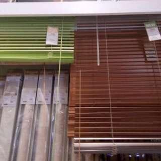 Tirai gulung/venetian blind