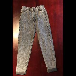American apparel acid wash high rise jeans (28waist)