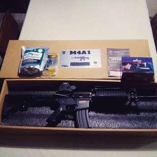 ( Golden Eagle ) M4A1 AirSoft Gun