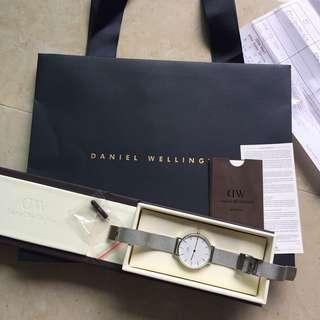 DANIEL WELLINGTON Silver Watch