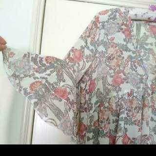 粉色花朵雪紡上衣#交換最划算