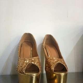 Centropelle High Heels Gold