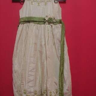 preloved gaun anak