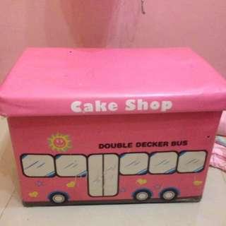 Storage Tempat Mainan Anak Bisa Jadi Kursi