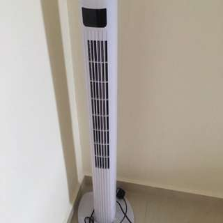 Mistral Tower Fan with remote control