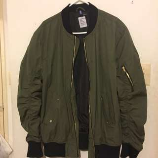 H&M Green Bomber size L