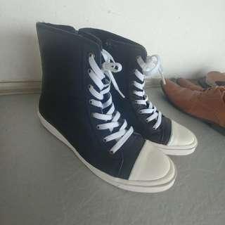 hight cut shoes