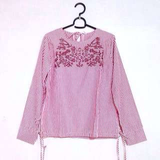 Stripes embroiderd top