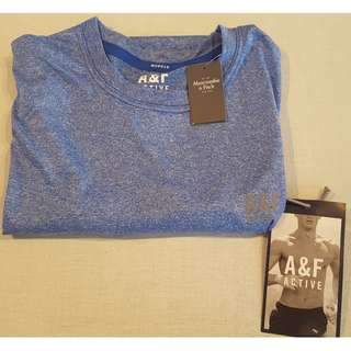 Abercrombie & Fitch  ACTIVE t-shirt