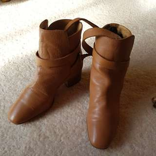 Brown leather boots. Very soft leather. Size 36.  Only been worn a couple of times