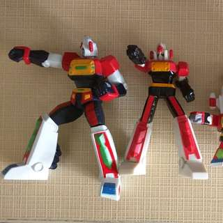 Daimos mini vinyl toys and keychain x4
