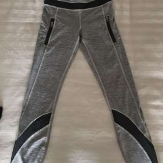 Lululemon inspire tights size 2