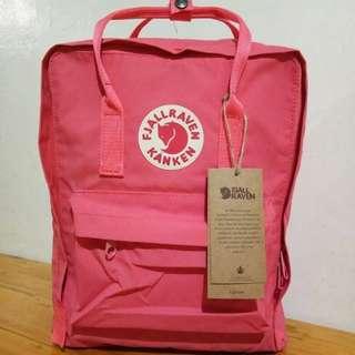 Fjallraven Kanken Classic (Peach Pink)